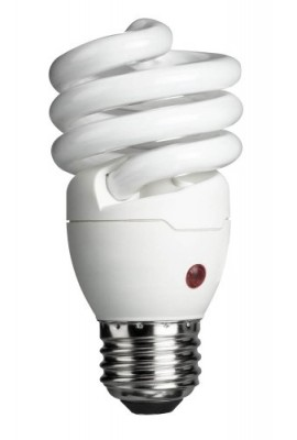 Philips-429746-Energy-Saver-Compact-Fluorescent-Dusk-to-Dawn-14-Watt-Twister-Light-Bulb-0